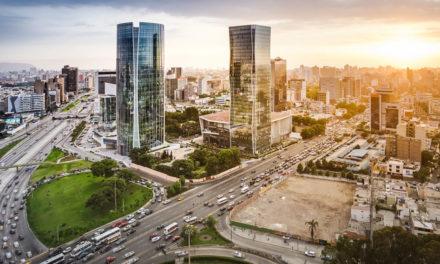 De los 25 decretos de urgencia del Ejecutivo, 10 tendrían impacto en la economía, señala la CCL